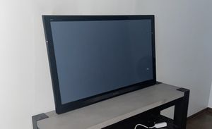 """Panasonic 46"""" Plasma Smart TV for Sale in Olmsted Falls, OH"""