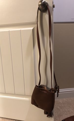 Box of style purse for Sale in Bakersfield, CA