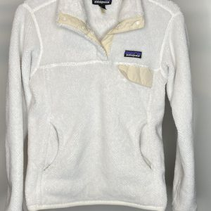 Patagonia Pullover Women-Size SMALL for Sale in Elgin, IL