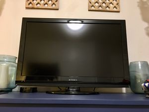 Dynex 32 inch HD Flat Screen LCD TV for Sale in Los Angeles, CA