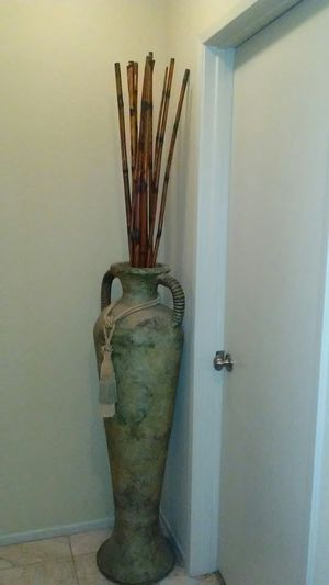 Beautiful vase for Sale in Palmdale, CA