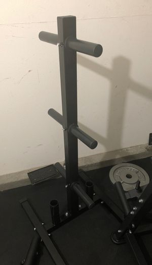 Weight plate tree and bar holder for Sale in San Jacinto, CA