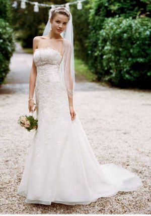 David's Bridal wedding dress size 2 for Sale in Bristow, VA