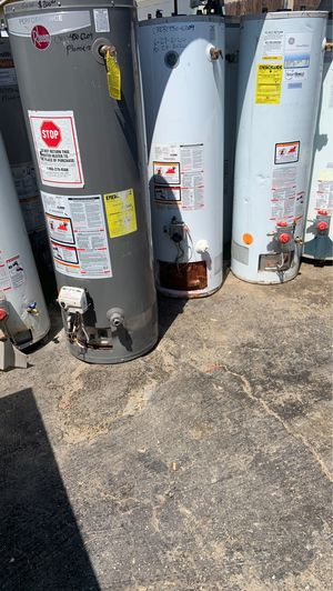 Water heater 30-40-50 y 75 galones for Sale in Bloomington, CA