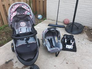 Baby Trend Travel System with car seat base for Sale in US