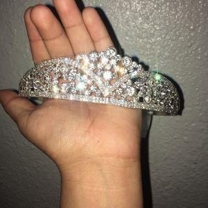 Crown for Sale in Las Vegas, NV