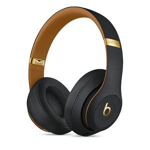 Beats Studio3 Wireless Over-Ear Headphones – The Beats Skyline Collection - Midnight Black for Sale in Washington, DC