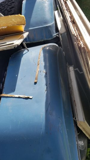73 - 87 chevy truck long bed parts. for Sale in Federal Way, WA