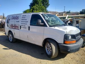 05 Chevy express g1500 for Sale in Hemet, CA