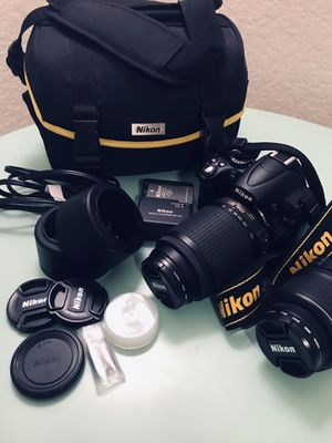 Nikon D5000 DSLR w/ 2 VR lenses for Sale in Clermont, FL