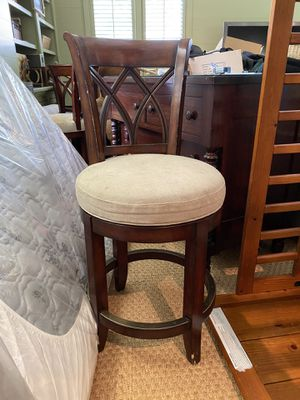 Swivel Counter Stools -Set of 3 for Sale in Atlanta, GA