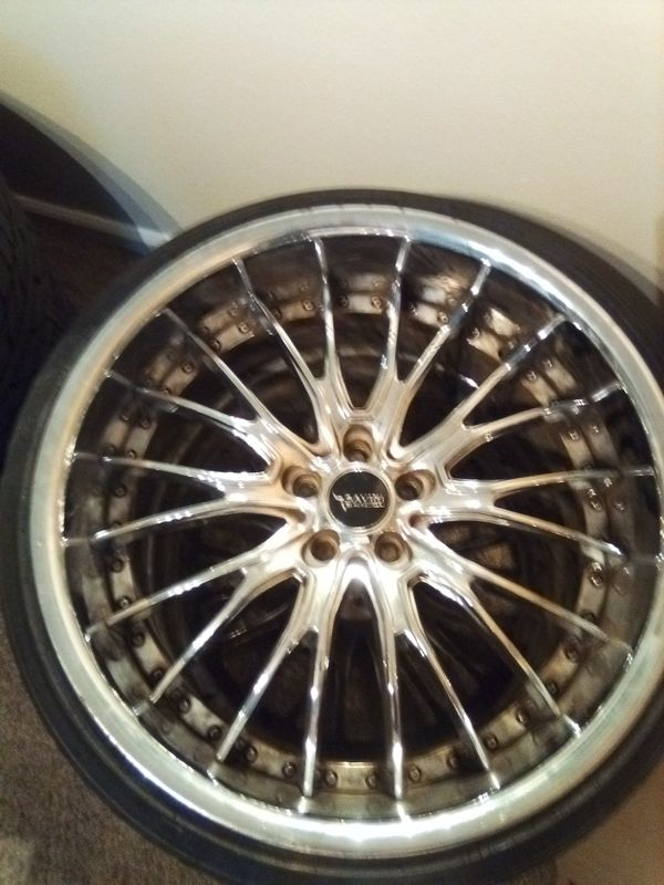 22 inch chrome 3 piece Mercedes wheels staggered