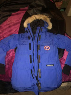 Canadian Goose Jacket for Sale in Fresno, CA