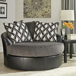 ☎️Kumasi Smoke Oversized Swivel Accent Chair with Pillows for Sale in Silver Spring,  MD