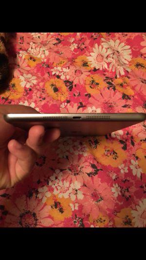 iPad mini 2 for Sale in Raleigh, NC