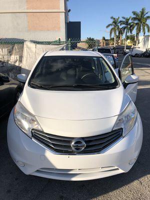 Nissan Versa note for Sale in Miami, FL