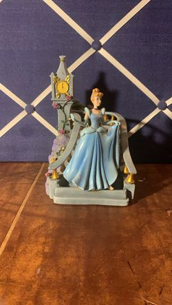 Cinderella music box for Sale in San Angelo,  TX