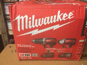 Milwaukee M18 18-Volt Lithium-Ion Cordless Drill Driver/Impact Driver Combo Kit (2-Tool) w/(2) 1.5Ah Batteries, Charger, Tool Bag for Sale in Fontana, CA