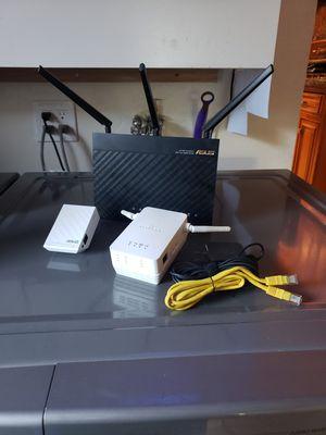 Asus Ac1900 Wireless Router w 2 Range Extenders for Sale in Bellflower, CA