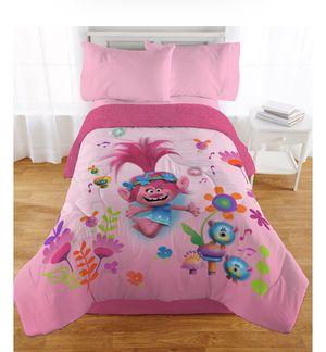 Trolls comforter with Sherpa Reverse for Sale in Bayonne, NJ