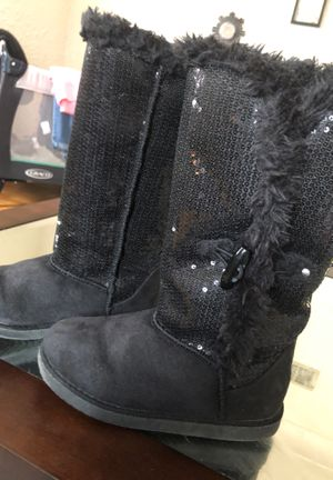 12.5 Girls Boots for Sale in Belleville, IL
