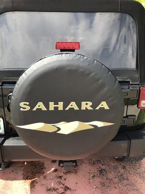 Jeep Wrangler Sahara Wheel Cover for Sale in Miami, FL