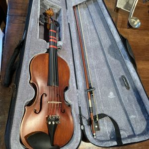 1/4 Beginner Violin BerkeleyWind for Sale in Hayward, CA