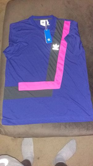 Brand New Adidas T shirt men's Xl for Sale in Alexandria, VA