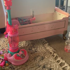 Kids Chest & Vacuum, Doll Croon - FREE for Sale in Burlingame, CA