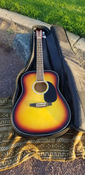 Guitar for Sale in Laguna Beach, CA