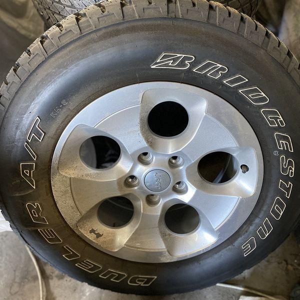 5 Jeep OEM Wheel N Tires