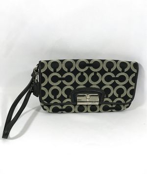COACH Wristlet Black Grey for Sale in Fresno, CA