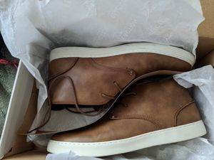 Kenneth Cole reaction Indy Fashion sneakers, genuine leather for Sale in Tracy, CA