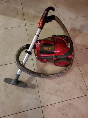 Dirt devil vacuum for Sale in Pembroke Pines, FL