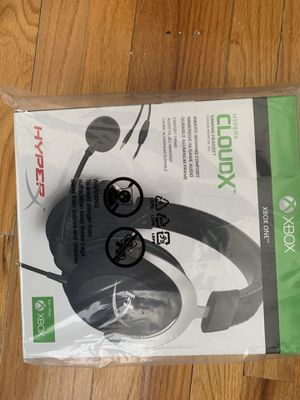Gaming Headset - Silver for Sale in Newark, NJ