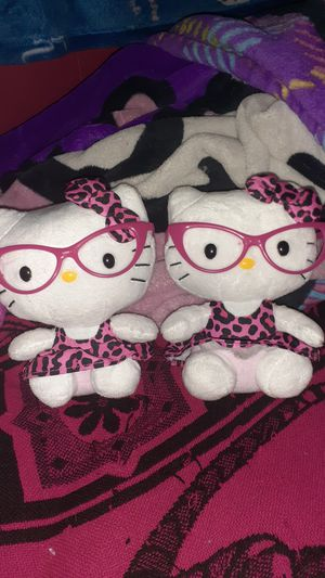 Hello kitty ty pattern pink for Sale in Houston, TX