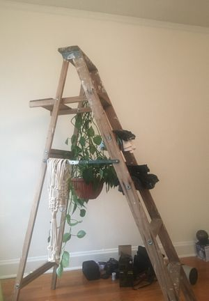 Vintage painter ladder 6' tall for Sale in Portland, OR