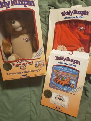 Original teddy ruxpin never been opened box with adventure stories and outfits for Sale in Belleville, IL