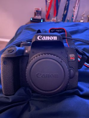 Canon Rebel T7i for Sale in Bloomington, CA