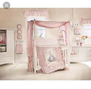 Disney baby Cinderella crib set for Sale in North Royalton, OH
