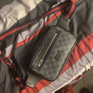 Gucci Slingbag for Sale in Oxon Hill, MD