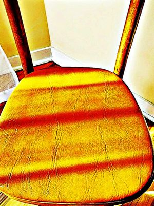 Wooden Shelby Williams Industries MCM chairs (4) with leather seat cushion. for Sale in Traverse City, MI