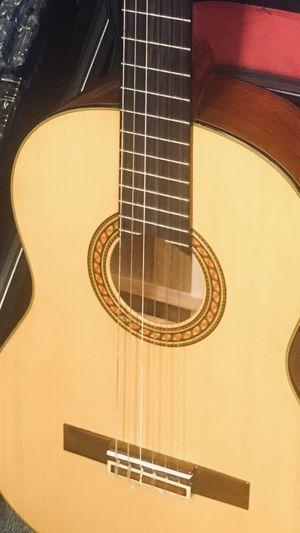 Guitar Yamaha for Sale in Belleville, NJ