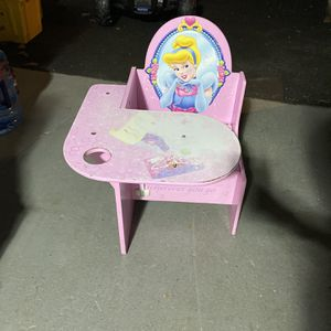 Princess Desk for Sale in Springfield, PA