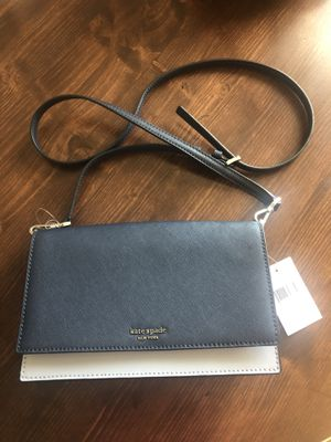 Kate spade crossbody for Sale in SUGARCRK Township, OH