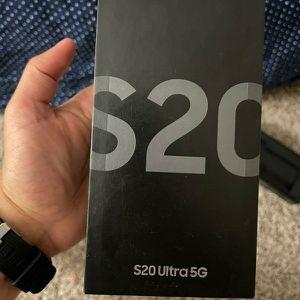 Samsung S20 Ultra for Sale in Boca Raton, FL