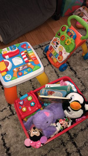 Toddler play table and walker for Sale in Bothell, WA