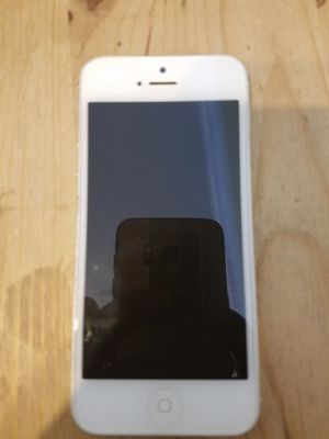 Iphone 5 unlocked for Sale in Portland, OR