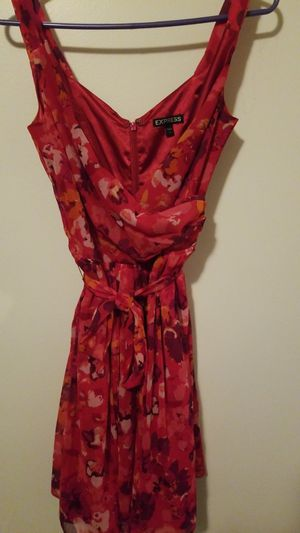 Express floral mini dress for Sale in Chicago, IL