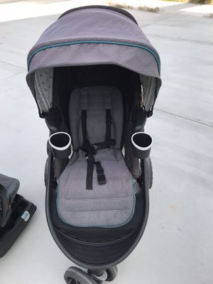 Graco jogging stroller with car seat and base for Sale in Fontana, CA